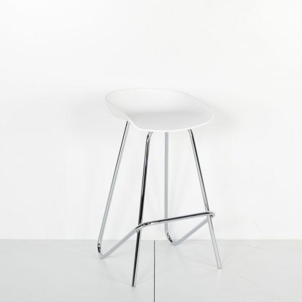 Beyaz Oturaklı Plastik Krom Ayaklı Tabure
