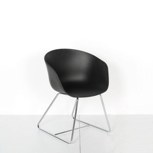 Plastik Sandalye Krom Ayaklı Solid 26