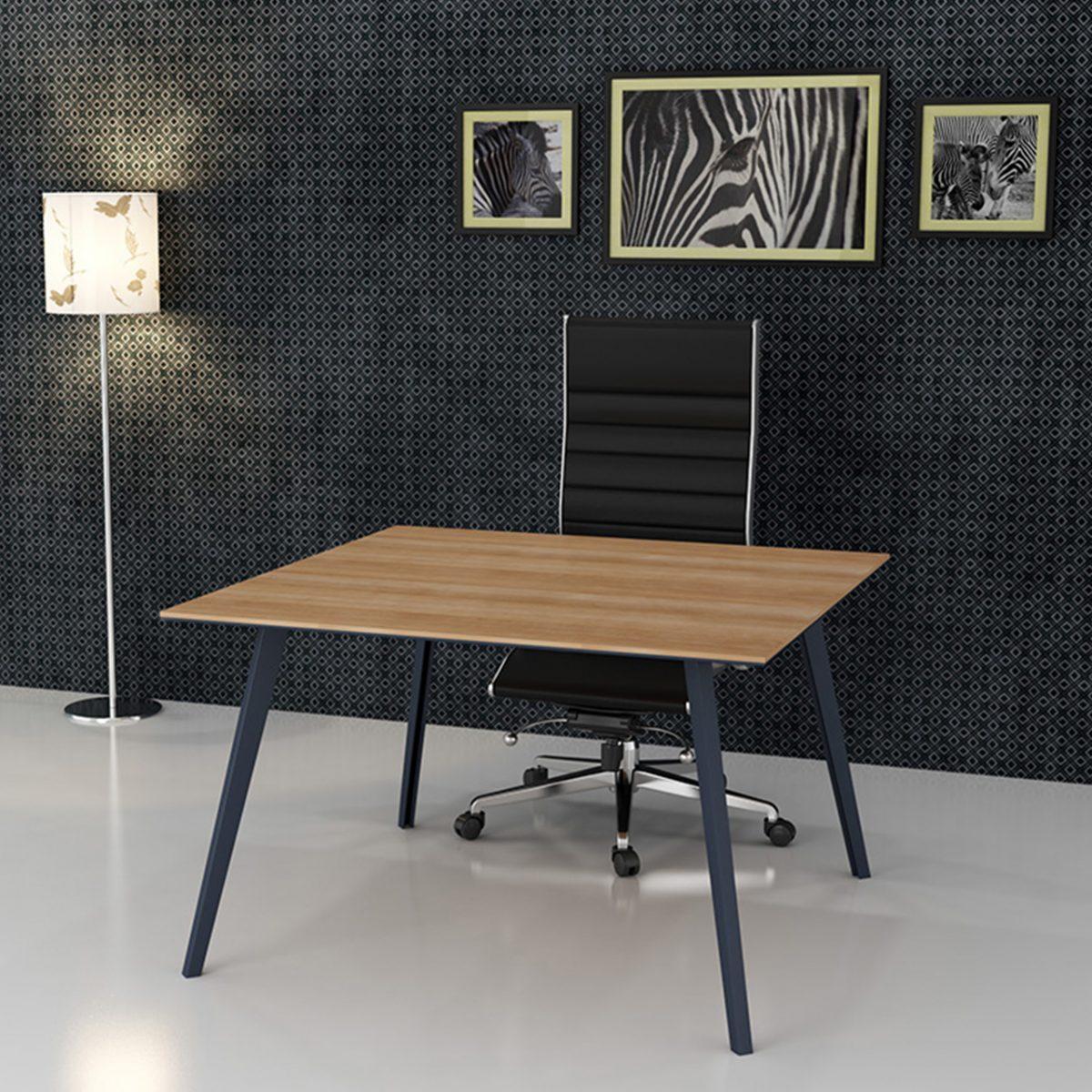 Toplantı Masası Kare Slide