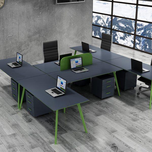 Ofis Masası Grup Çalışması